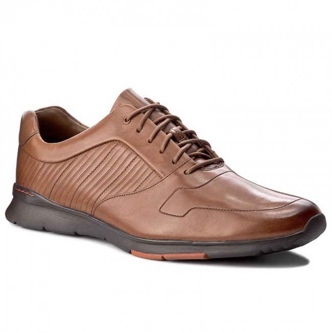 Halbschuhe CLARKS-Tynamo Race Race CLARKS-Tynamo 261199097 Tan Leather 4db202