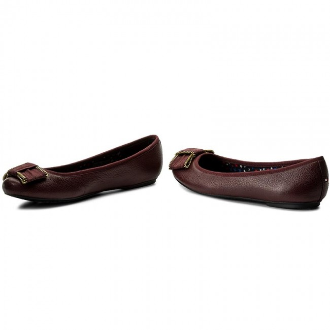 Ballerinas TOMMY HILFIGER                                                      Claudia 10A FW0FW01435  Decadent Chocolate 295 8e9103