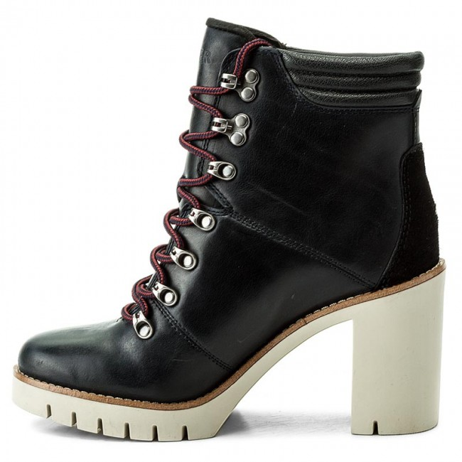 Stiefeletten TOMMY HILFIGER                                                      Paola 5A FW0FW01543 Midnight 403 60a286