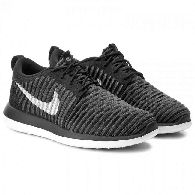 Schuhe NIKE                                                      Roshe Two Flyknit (GS) 844619 001 schwarz/Weiß/Anthracite/Drk Gry 3ded26