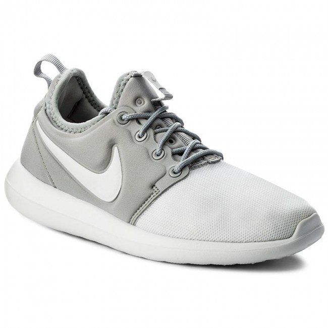 Schuhe NIKE  100 Roshe Two (GS) 844653 100  White/White/Metallic Silver 426feb