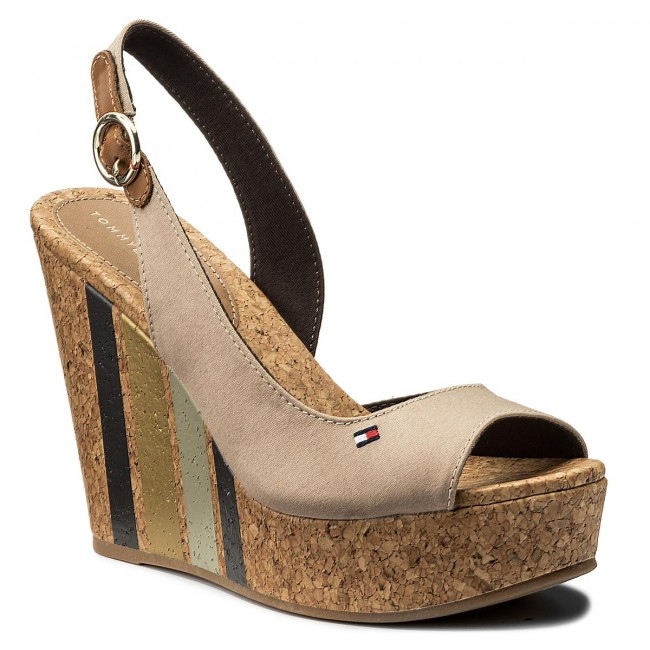 Sandalen TOMMY HILFIGER Wedge With Printed Stripes FW0FW02794 Cobblestone 068