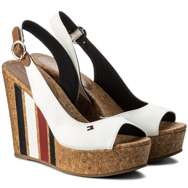 Sandalen TOMMY HILFIGER                                                      Wedge With Printed Stripes FW0FW02794 Wisper Wite 121 d4ac46