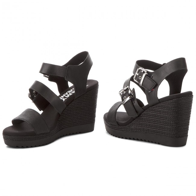 Sandalen  TOMMY JEANS    Sandalen                                                 Denim Strappy Wedge Sandal EN0EN00195  Black 990 9cbf25