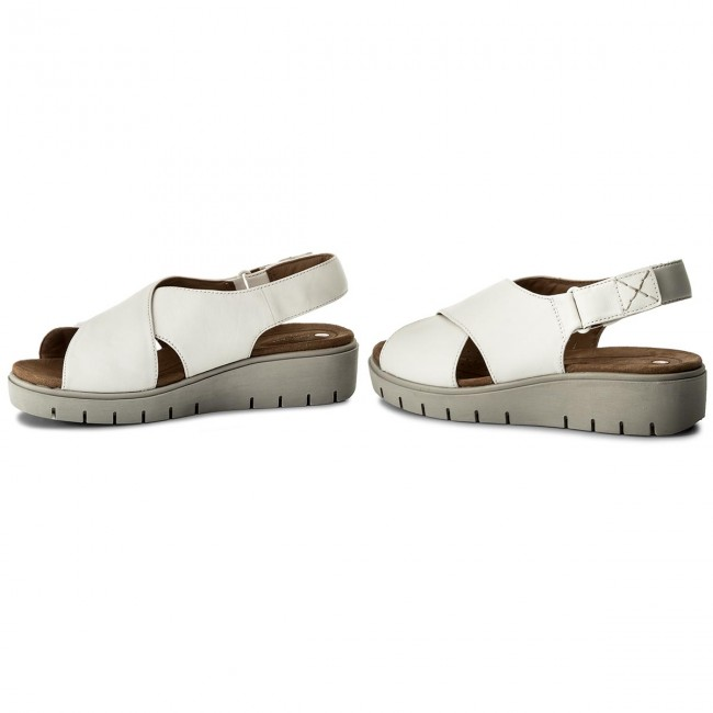 Sandalen CLARKS                                                      Un Kerely Hail 261322354 White Leather 7cab96