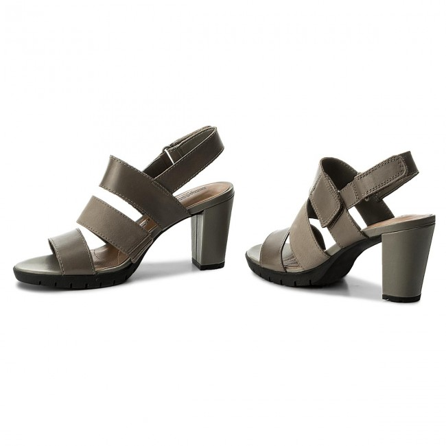 Sandalen CLARKS - Kurtley Shell 261335854 Sage