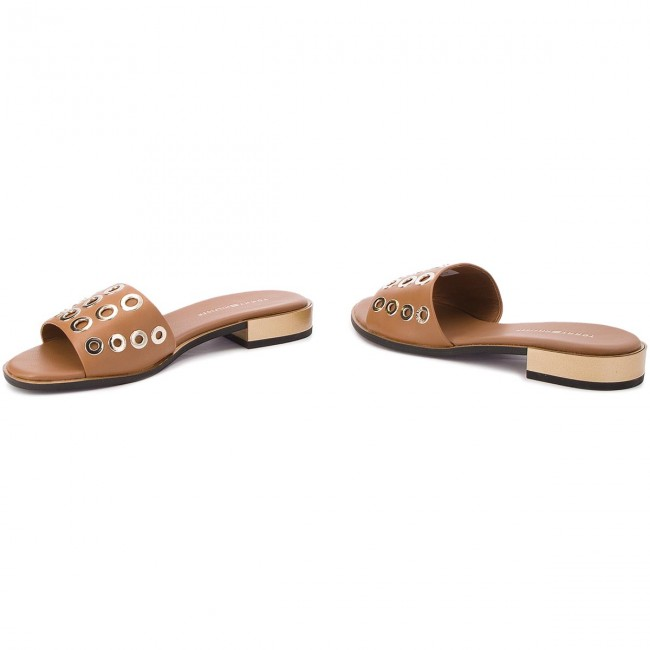 Pantoletten TOMMY HILFIGER                                                      Flat Mule With Eyelets FW0FW02208 Summer Cognac 929 bf11b5