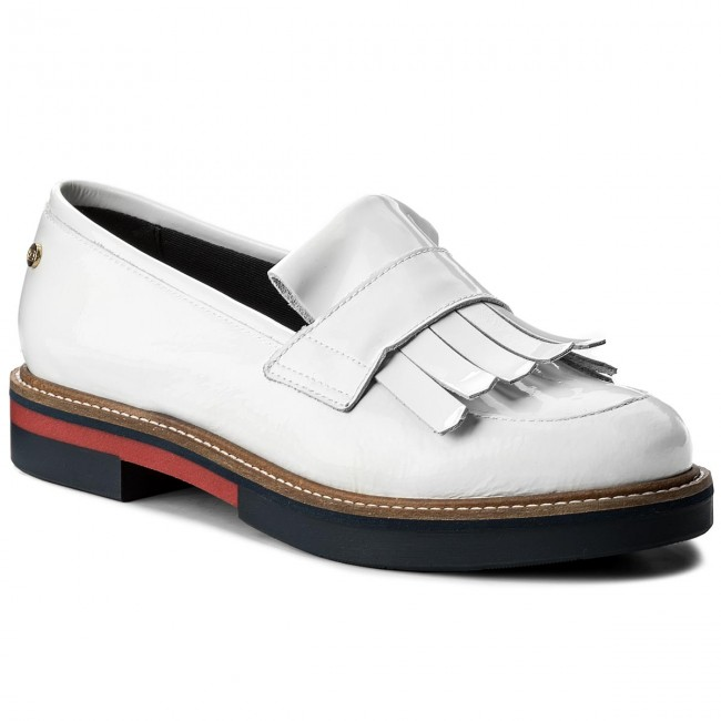 Halbschuhe TOMMY HILFIGER-Patent Fashion Loafer Fringes FW0FW02482 Whisper White 121 Werbe Schuhe