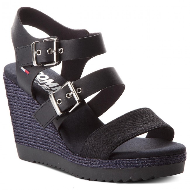 Sandalen TOMMY JEANS                                                    Denim Strappy Wedge Sandal EN0EN00195 Midnight 403