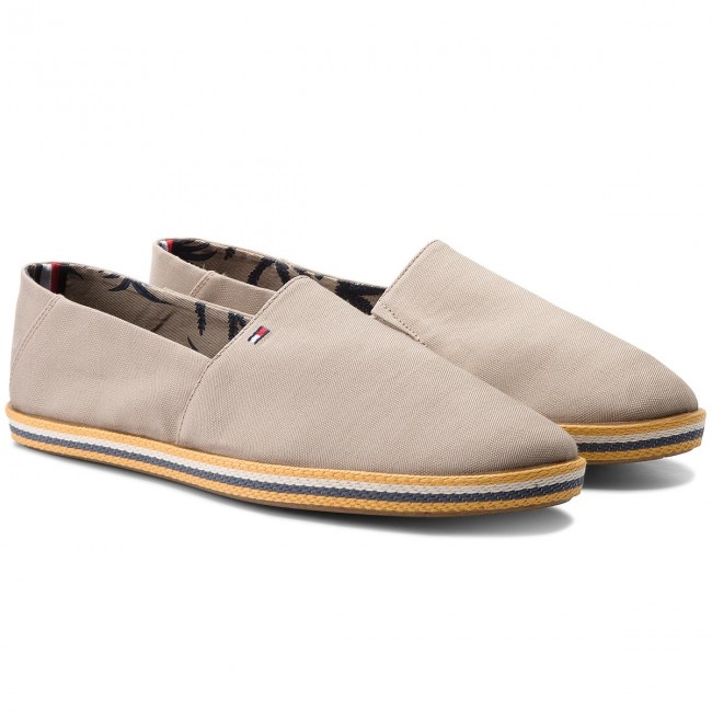 Halbschuhe TOMMY HILFIGER-Easy Summer Cobblestone Slip On FM0FM01803 Cobblestone Summer 068 9b9890
