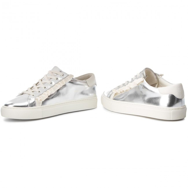 Sneakers TORY BURCH                                                      Ruffle Metallic Sneaker 50107 Silver/Perfect Ivory/Perfect Ivory 971 fb96f9
