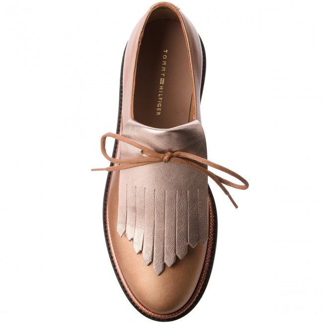 Oxfords TOMMY HILFIGER                                                      Pearlized Leder Lace Up Schuhe FW0FW02937 Summer Cognac 929 91f230