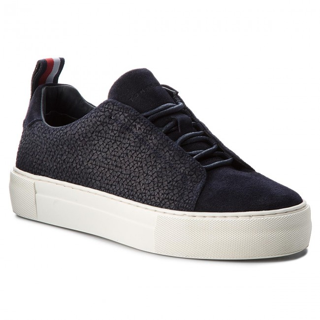 81871ae6076739 Sneakers TOMMY HILFIGER - Fashion Suede Lace Up Cupsole FM0FM01816 Midnight  403