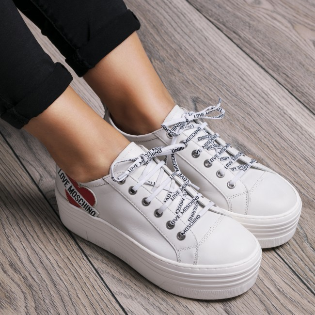 Sneakers LOVE MOSCHINO                                                      JA15056G16IB0100  Bianco 3a8222