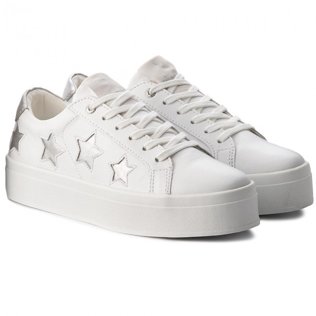 Sneakers GUESS                                                      FLFHS3 LEA12 WHISI 18c768