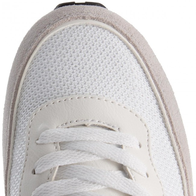 Sneakers GUESS GUESS Sneakers  FLSNN3 FAM12 WHITE 63ad36