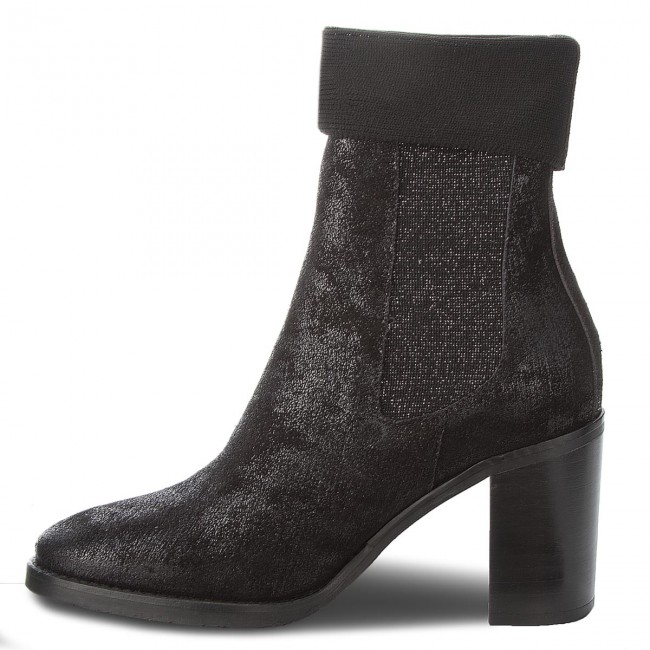 Stiefeletten TOMMY HILFIGER Knitted Sock Heeled FW0FW03127 Black 990