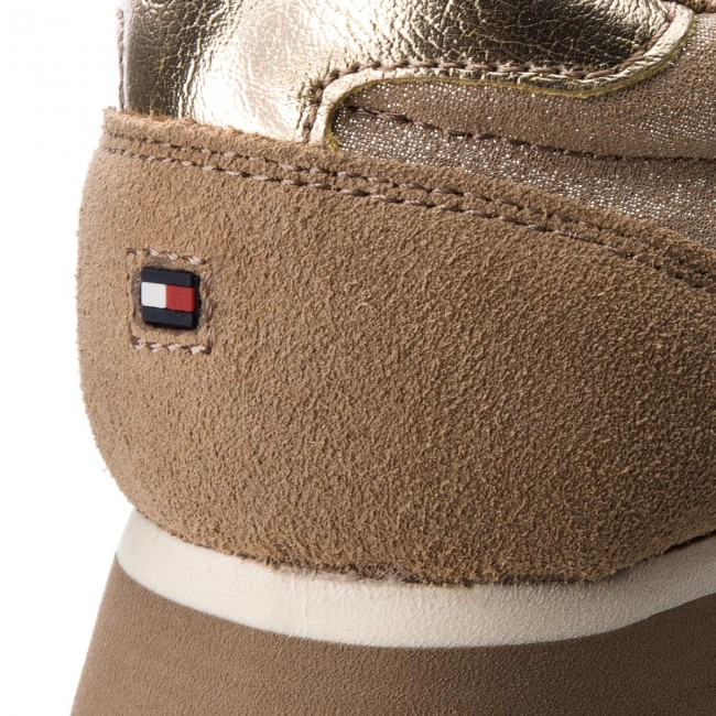 Sneakers  TOMMY HILFIGER    Sneakers                                                 Metallic Retro Runner FW0FW03634 Dark Taupe 099 4f3598