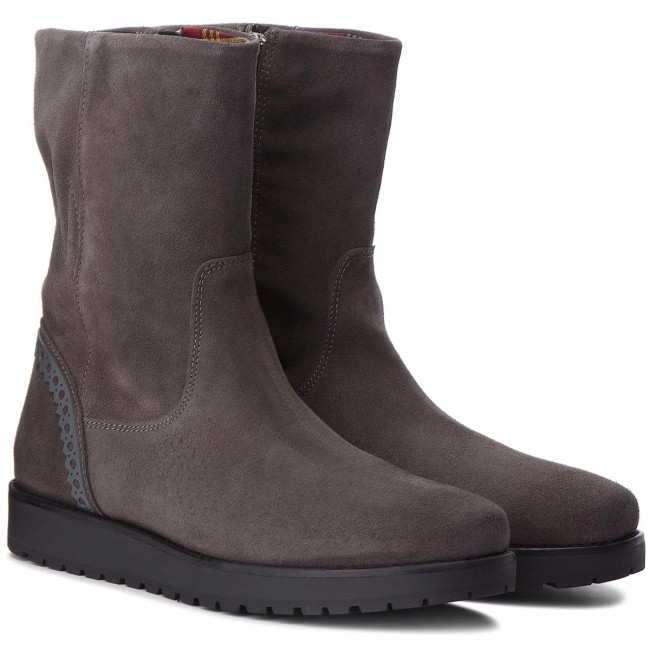 Stiefeletten TOMMY HILFIGER                                                      Essential Suede Boot FW0FW03279  Steel Grau 039 ee3eac