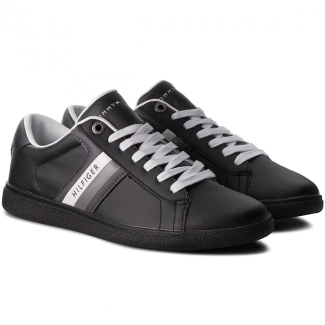 Sneakers TOMMY  HILFIGER-Core Corporate Leath FM0FM01697  TOMMY schwarz 990 a71ae4
