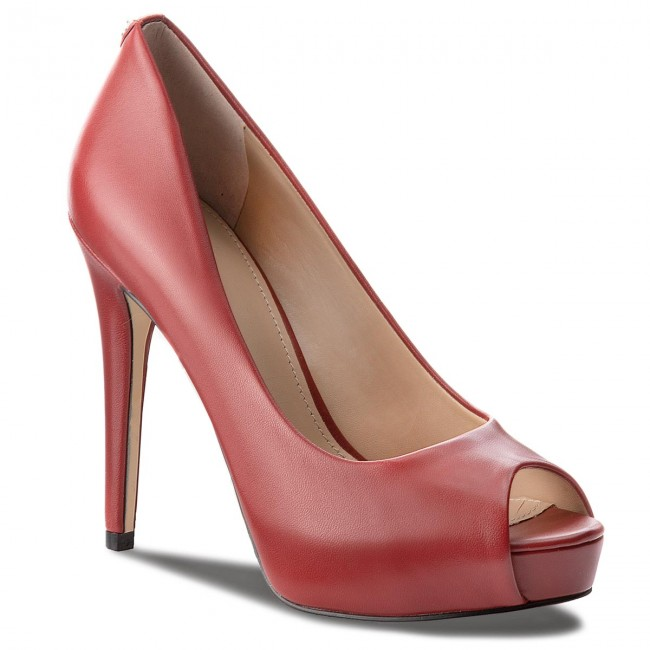 High Heels GUESS                                                    FLH124 LEA07 LRED