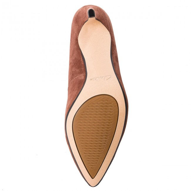 High Heels CLARKS                                                      Laina Rae 261377994 Tan Suede 4392d5