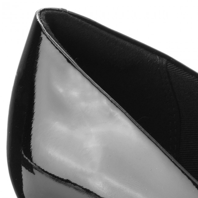 Halbschuhe CLARKS                                                    Linvale Jerica 261381974 Black Patent Leather