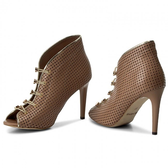 High  Heels CARINII    High                                                 B3928/M J98-J16-000-B16 c7b58f