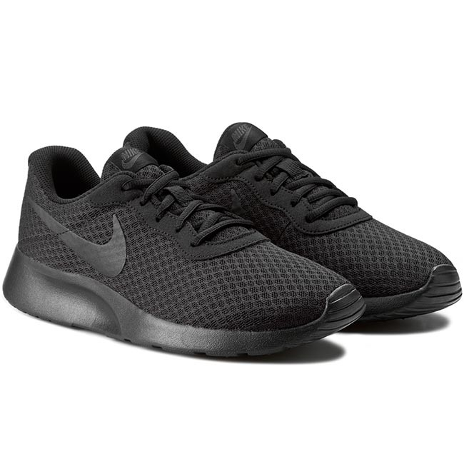 All black tennis shoes for women