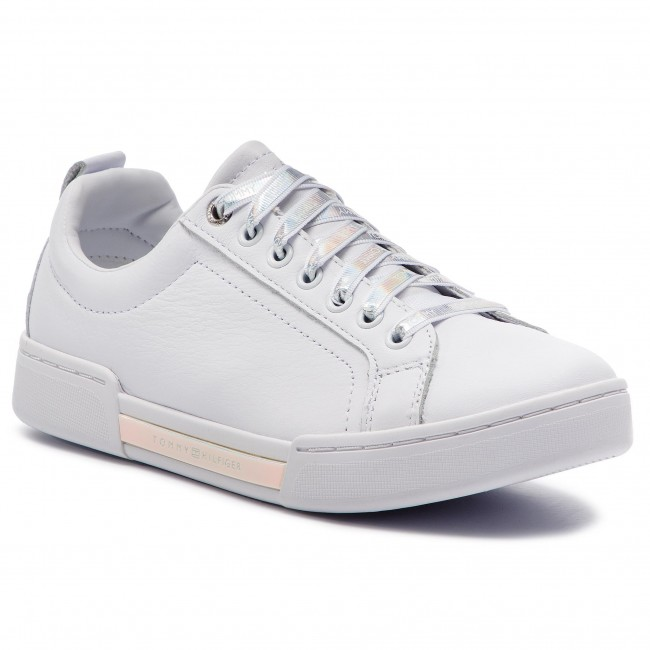 Sneakers TOMMY HILFIGER Iridescent Fashion Sneaker FW0FW03966 White 100